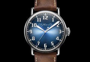 Présentation du H. Moser & Cie. Heritage Centre Second Funky Blue Watch